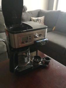 12 Cup/Single Cup/K-Cup Coffee Maker