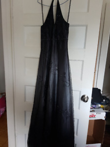 Black/Gray prom-type gown