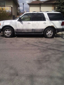 2004 Ford Expedition White SUV for Sale
