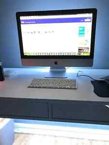 "Apple iMac 21.5"" Great shape"