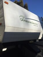 2003 travelaire 5th wheel