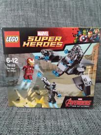 NEW Lego Iron Man Vs Ultron