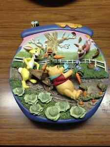 Happy Windsday-Winnie the pooh collectible Windsor Region Ontario image 1