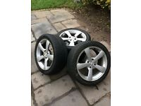 Alloy wheels with tyres 18in