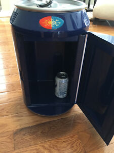 Labatt Blue Light Portable Cooler Cambridge Kitchener Area image 2