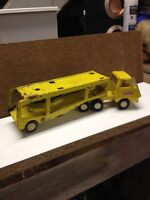 Tonka diecast truck with 2 trailers