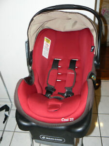INFANT/CHILD Car Seat COMBO- 5 To 22 Lb - Excellent Condition