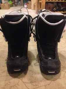 Womens Rome Size 7 Snowboarding Boots - ALMOST BRAND NEW Kitchener / Waterloo Kitchener Area image 3