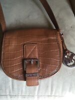 MICHAEL KORS SMALL CROSS BODY BAG LIKE NEW $60