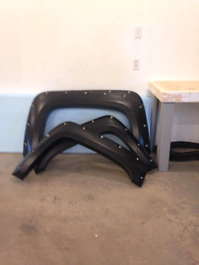 FENDER FLARES  07 TO 13