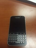 Blackberry Classic (works on Bell Network)