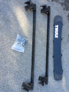 Thule Roof Rack System with Load Bars