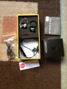 Jabra step Bluetooth wireless earbuds brand new London Ontario image 9