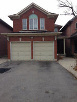 BEAUTIFUL HOUSE FOR RENT BRAMPTON