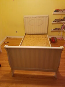 Sleigh Bed - Twin Size - Frame