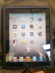 1Gen iPad 32gb/ carrying case/charger