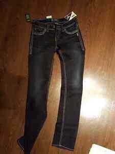 Silver Jeans 26 | Kijiji: Free Classifieds in Saskatoon. Find a ...