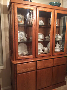 Modern Oak 3-door Buffet and Hutch - China Cabinet