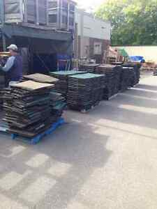 """Pre-Owned Rubber Tiles 24""""x24"""" x2"""" Thick Great For Gym Floor! Sarnia Sarnia Area image 3"""