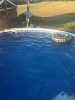 18' Pool for sale comes with eliminator winter cover