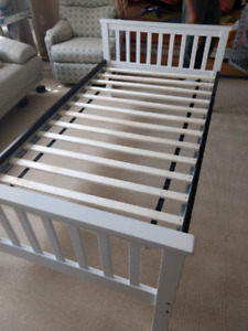 Single modern bed with mattress like ikea