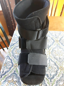 Walking boot XL