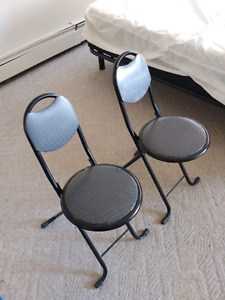 2 x Cute small chairs