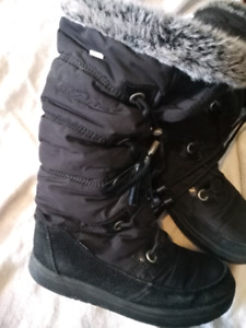 Windriver winter boots, super comfortable and warm!