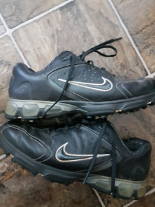 Nike air Golf shoes size 9
