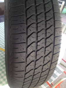 2 Kelly Summer tires  225/60/16