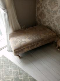 3 & 2seater sofa plus puffy
