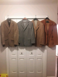 4 perfect condition mens suit jackets blazers sport coats 42R