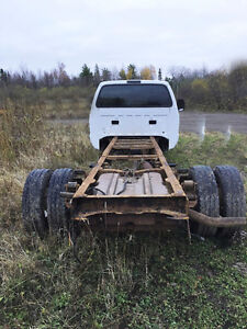 2004 Ford F550 for parts
