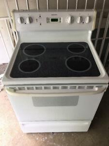 """MUST GO Moffat 30"""" electric white glass ceramic top stove range"""