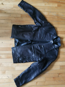 Guess Medium Mens Leather Motorcycle Jacket