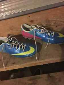 Nike Soccer Cleats - Size 9.5