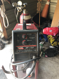 Lincoln Electric SP-170T 240V Mig Welder