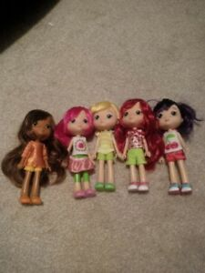 Strawberry Shortcake dolls lot
