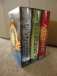 """Divergent Series + """"Four""""(Divergent Collection) Hardcover Books"""