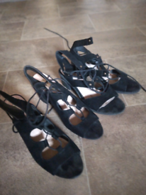 Used lace-up heel sandal shoes good condition uk5 uk7£4 each