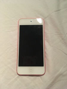 Pink IPod Touch 5th Gen 32 GB