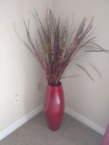 Decorative vase with light up grasses.