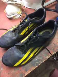 Size 15 Men's rugby boots