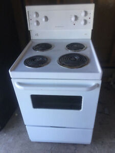 Frigidaire 24 inch stove for sale