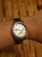 Fossil watch with extra bracelets