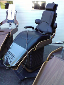 Used Refurbished Dental Chair Light Compressor Vacuum Adec Marus Kitchener / Waterloo Kitchener Area image 6