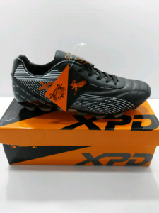 New Men's XPD Soccer cleats Size 8.5/9