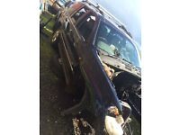 Jeep Grand Cherokee 2.7 Crd in silver / breaking all parts available