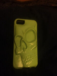 iPhone 5s Skull otterbox case