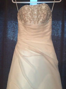 Strapless Madison Collection wedding gown Gatineau Ottawa / Gatineau Area image 2